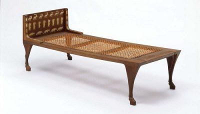Кровать аскета символ Уттара Ашадха