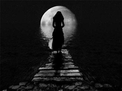 Лилит на Луне